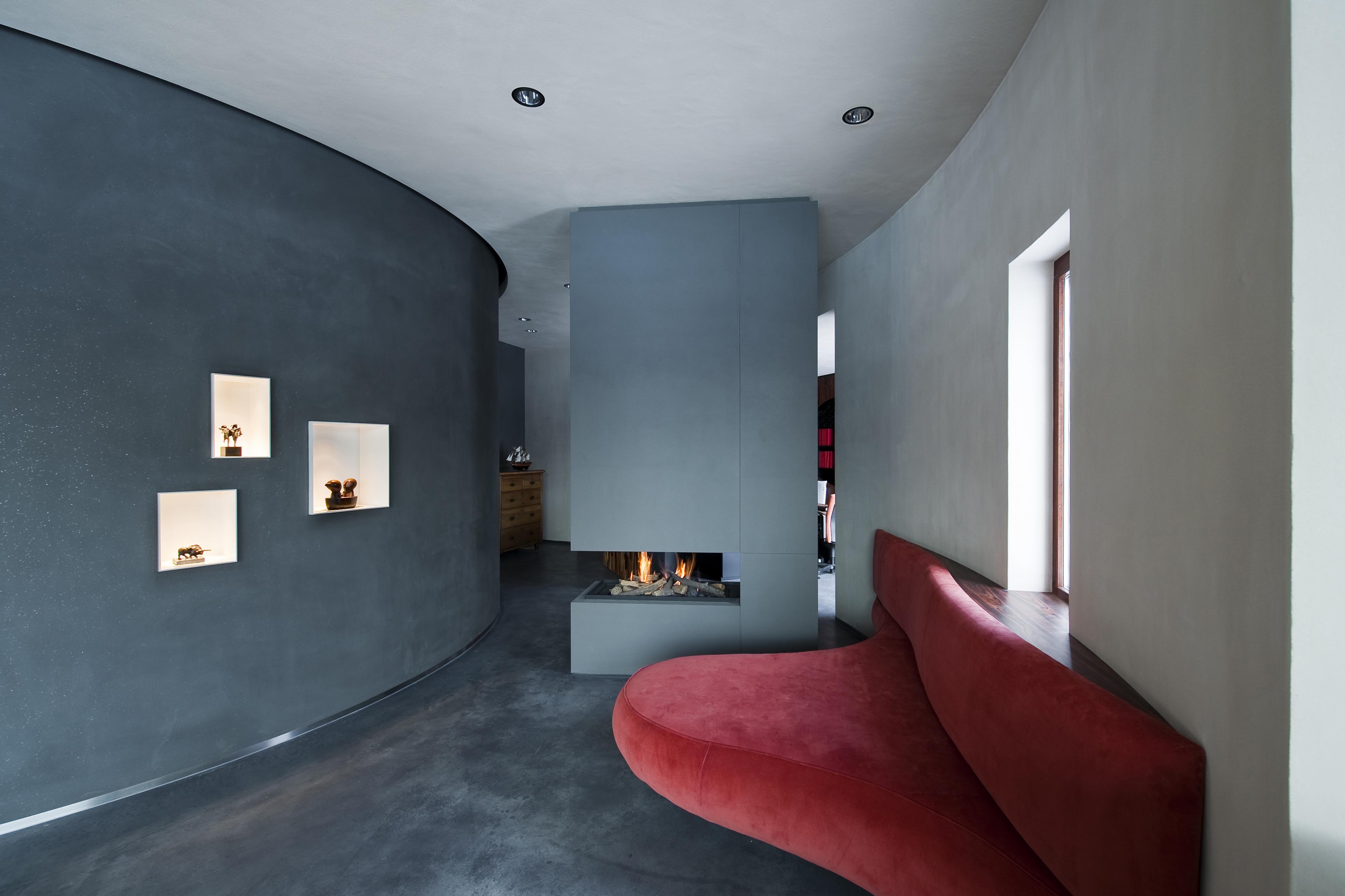 Enduit Duro à l'argile Tierrafino cheminée contemporaine