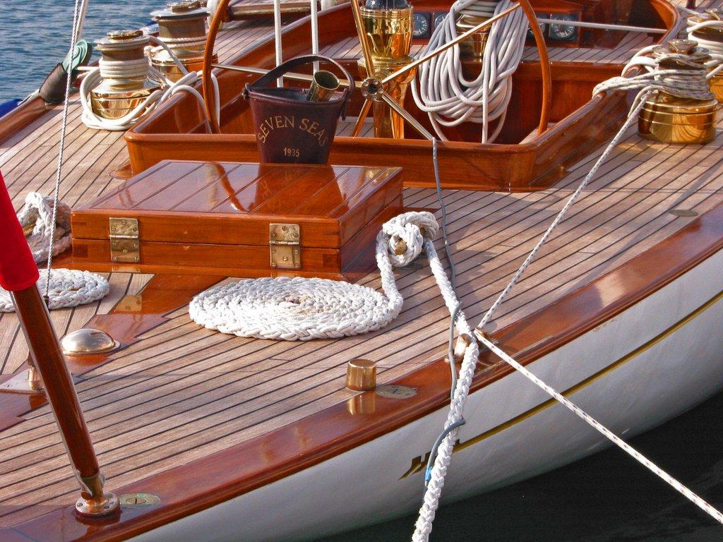 Vernis Vitrificateur brillant bateau